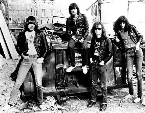 Ramones - band punk rock terbaik
