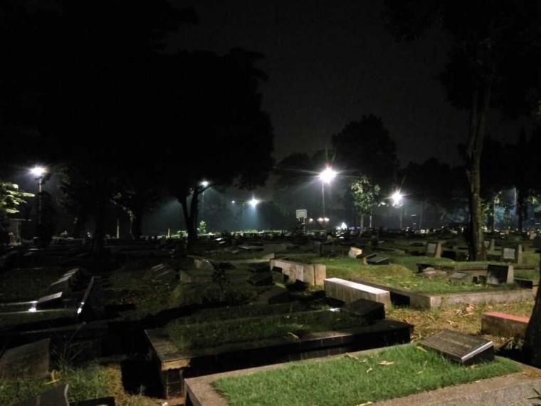 TPU Jeruk Purut - tempat angker di Indonesia