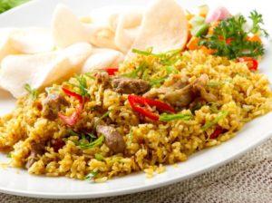cara membuat nasi goreng sederhana dan enak