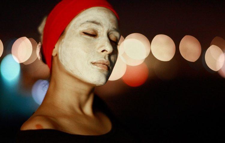 masker alami untuk memutihkan dan mencerahkan wajah
