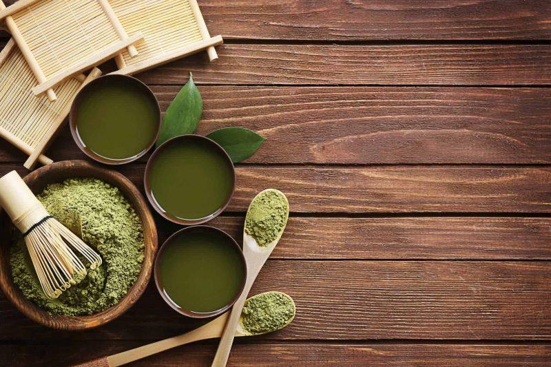 teh hijau - cara mengatasi rambut rontok secara alami