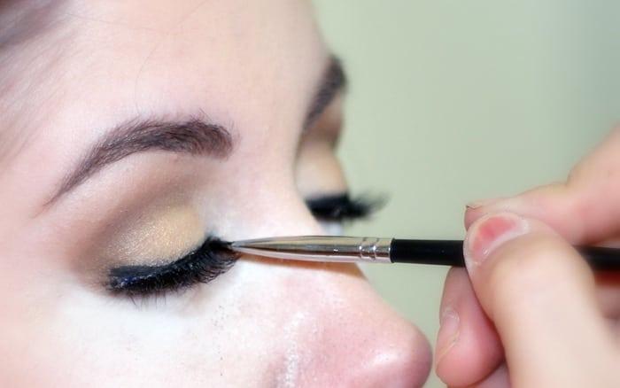 cara membuat eyeliner