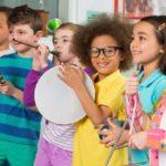 7 Manfaat Musik untuk Perkembangan Anak