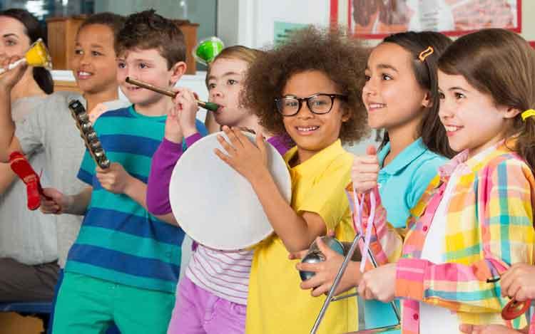 manfaat musik untuk perkembangan anak