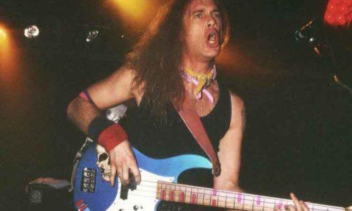 Billy Sheehan pemain bass terbaik dunia