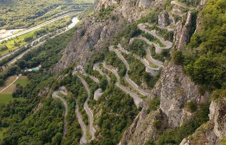 Col du Chaussy - Jalan Paling Berbahaya di Dunia